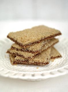 The Ultimate Gingerbread Recipe, For anyone who has visited a certain shop in Grasmere..... Jamie Oliver Recipes