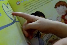 Make a special time of reading with your toddlers | RaisingArrows.net