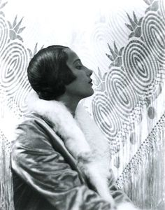 Harold Pierce Cazneaux, Margaret Vyner (model) 1931