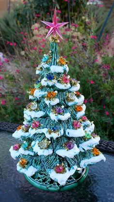 Your place to buy and sell all things handmade Christmas Minis, Christmas Art, Christmas Projects, Christmas Tablescapes, Christmas Tree Decorations, Vintage Ceramic Christmas Tree, Vintage Decorations, Up Music, Old Fashioned Christmas
