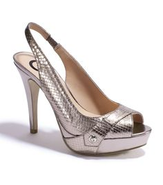 G by GUESS Cabelle Heel