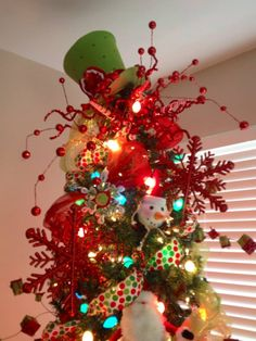 christmas tree toppers top hats and tree toppers on pinterest. Black Bedroom Furniture Sets. Home Design Ideas