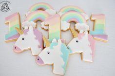 Unicorn cookies / eenhoorn koekjes Royal Icing Cookies, Madness, Unicorn, Rainbow, Instagram Posts, Gifts, Rain Bow, Rainbows, Presents