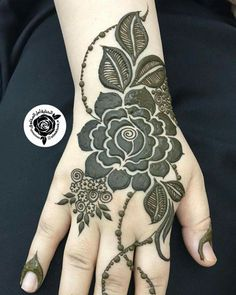 ZENIYA Khafif Mehndi Design, Latest Henna Designs, Floral Henna Designs, Finger Henna Designs, Full Hand Mehndi Designs, Mehndi Designs For Beginners, Modern Mehndi Designs, Mehndi Designs For Girls, Mehndi Design Photos