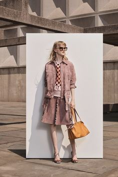 See every detail from the Bottega Veneta Resort 2019 collection.