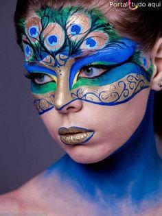 Peacock makeup for Peacock Halloween costume! Peacock Face Painting, Adult Face Painting, Face Painting Designs, Paint Designs, Body Painting, Lip Designs, Iris Painting, Makeup Designs, Peacock Halloween Costume