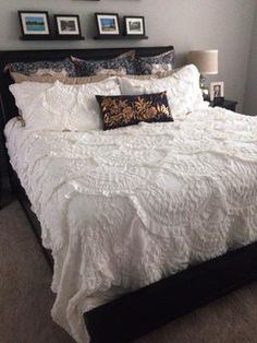 Anthropologie Rivulets Quilt & Shams in Ivory | Bedroom ... : rivulet quilt - Adamdwight.com