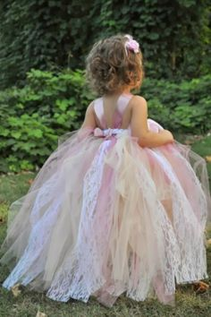 Wedding Fashion Photo Ideas blog: What is the Exact Role of Flower Girl in My Wedding? – Flower Girl Dress Ideas