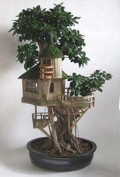Sicherer Ort in miniatura fairy houses Miniature Trees, Miniature Fairy Gardens, Miniature Houses, Fairy Tree Houses, Fairy Garden Houses, Garden Crafts, Garden Art, Popsicle Stick Houses, Mini Fairy Garden