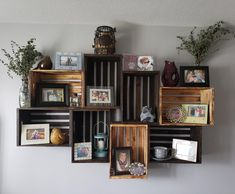 Wooden Crate Shelves - Home Dekor Wooden Crates On Wall, Wood Crates, Home Decor Baskets, Diy Home Decor, Room Decor, Milk Crate Shelves, Wall Shelves, Milk Crate Furniture, Diy Furniture