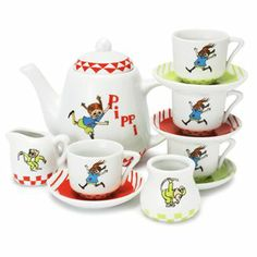 Pippi Longstocking coffe-set comes with 12 parts beautifully decorated with different motifs of Pippi Longstocking and her friends that allows you to have teaparties with Pippi!