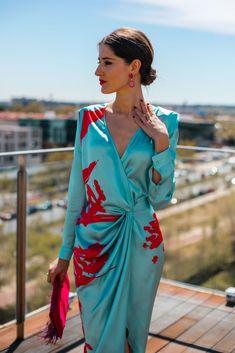 Summer Fashion Tips .Summer Fashion Tips Fashion 2020, Love Fashion, Fashion Design, Classy Fashion, 70s Fashion, Elegant Wedding Dress, Elegant Dresses, Wedding Dresses, Mode Outfits