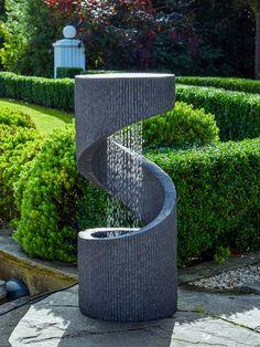 Water Fountain Design, Patio Fountain, Garden Water Fountains, Water Garden, Modern Fountain, Modern Outdoor Fountains, Modern Water Feature, Backyard Water Feature, Design Fonte