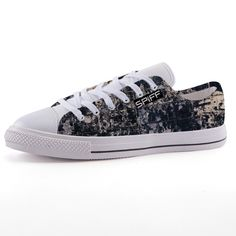 Full canvas double sided print with rounded toe construction. Lace-up closure for a snug fit. Metal eyelets for a classic look. Classic Looks, Front Row, Snug Fit, Campaign, Lace Up, Louis Vuitton, Medium, Canvas, Sneakers