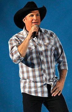 Nobody ruled '90s country music like Garth Brooks