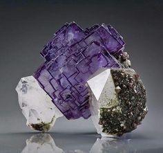 Fluorita. China. http://www.geologyin.com/?m=1