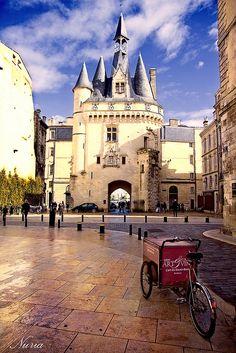 Puerta Cailhau - Burdeos