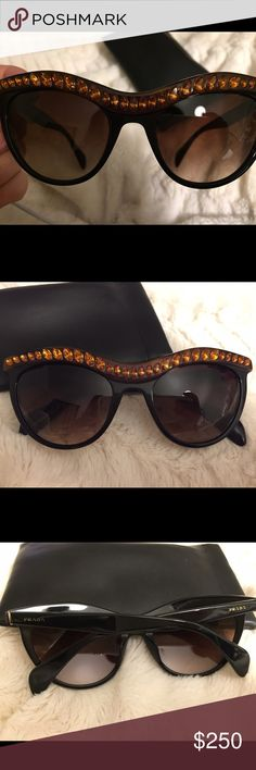Studded Prada sunglasses Prada sunglasses with a studded brow 😎 these are super trendy right now and definitely and eye catcher. Prada is well known for their fun and unique sunglass designed. They're super trendy and dress up any outfit😍🙌 Prada Accessories Sunglasses