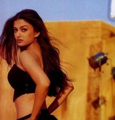 Aishwarya Rai Young, Actress Aishwarya Rai, Aishwarya Rai Bachchan, Bollywood Actress, Aishwarya Rai Makeup, Bollywood Stars, Bollywood Fashion, Bollywood Makeup, Indian Bollywood