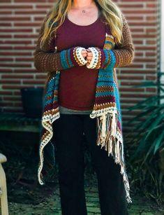 Navajo Inspired Blanket Cardigan | Free Crochet Pattern | Beginner Friendly – Stardust Gold Crochet