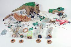 Pleo in all his pieces  http://static.neuerdings.com/1363181057/pleozerlegtexplosionifixit.jpg
