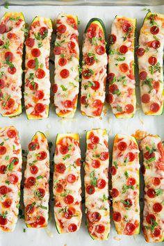 TOTAL GUT, dass selbst in einer Liste mit Zucchini-Rezepten Platz für Pizza ist. Rezept hier.
