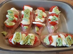 Thermosternchen: Chicken breast tomato - Mozarella from the oven witch / oven master . - Thermosternchen: Chicken breast tomato – Mozarella from the oven witch / oven master - Turkey Meat Recipes, Baked Meat Recipes, Stew Meat Recipes, Healthy Meat Recipes, Meat Recipes For Dinner, Lunch Recipes, Roast Meat Recipe, Perfect Roast Chicken, Low Carb Meats