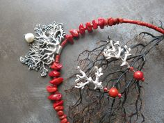 Necklace, Silver ACS, coral exhibition Větvení at KusKovu 2017 Christmas Wreaths, Coral, Jewellery, Holiday Decor, Silver, Home Decor, Jewels, Decoration Home, Room Decor