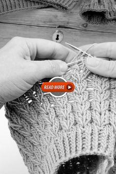 Free Baby Sweater Knitting Patterns, Knit Slippers Free Pattern, Beginner Knitting Patterns, Knitting Help, Hand Knitted Sweaters, Baby Knitting, Crochet Basket Tutorial, Crochet Basket Pattern, Crochet Flower Hat