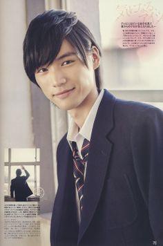 il est Sota Fukushi :)