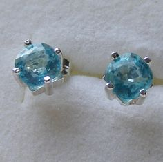Sterling Silver Stud Earrings featuring Gorgeous Natural Neon Blue Apatite Gems £33.50