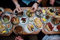 Bar Henrietta Bar, Coups, Restaurants, Diners, Food Stations, Restaurant