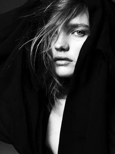 In black and white. Fashion portrait of Natalia Vodianova by Hedi Slimane for V magazine.  You will also like: Olga Kurylenko for Complex Magazine.