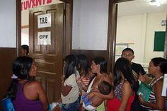 Ação de cidadania beneficia 500 índios no Amazonas | Na ação foram entregues 7.156 documentos aos índios. Durante o mutirão, também foram incluídos 199 indígenas no Cadastro Único do Governo Federal. http://mmanchete.blogspot.com.br/2013/02/acao-de-cidadania-beneficia-500-indios.html#.UR0UCaVQGSo