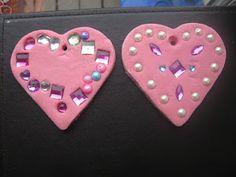 Super smooth salt dough hearts, from great idea site: pre-schoolplay.blogspot.com