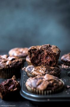 Indulge in these rich homemade & gluten free double chocolate muffins. Creamy milk chocolate melted throughout fluffy muffin batter. Easy Desserts, Delicious Desserts, Yummy Food, Double Chocolate Muffins, Blueberry Scones, Homemade Chocolate, Muffin Recipes, Melting Chocolate, Sweet Recipes