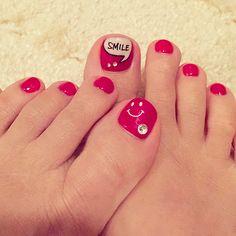 No.17 貴子:footを大好きなニコちゃんにしてきました。smile文字に思わずニコ♡#笑う門…|Marisol(マリソル)