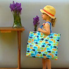 Praktická omyvatelná taška na nákupy, hračky, na pláž nebo jen pro radost. www.tallula.cz