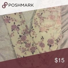 """AE floral jeans Size 4. American Eagle brand. Great condition. Cream & light purplish pink color. 15"""" waist & 39"""" long American Eagle Outfitters Jeans Skinny"""