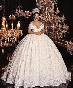 50 Popular Wedding Dresses in 2018 For Beautiful Brides - Welt der Hochzeit Popular Wedding Dresses, Princess Wedding Dresses, Dream Wedding Dresses, Bridal Dresses, Wedding Gowns, Queen Wedding Dress, Wedding Bells, Beautiful Gowns, Beautiful Bride