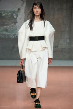 Marni Fall 2014 Ready-to-Wear Fashion Show - Fei Fei Sun