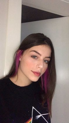 Best Picture For grunge hair styles For Your Taste You are looking for something, and it is going to Hair Color Streaks, Hair Color Purple, Peekaboo Hair Colors, Red Color, Hair Color Underneath, Hidden Hair Color, Colored Curly Hair, Aesthetic Hair, Dyed Hair