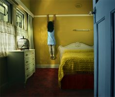 Awesome Marionette series by Samantha Everton. The light, the details, the colours..