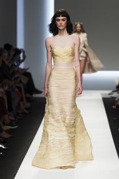 Youthful yellow mermaid silhouette gown by Ermanno Scervino @ Milano Fashion Week Spring Summer '16 #fashionweek #ermannoscervino #rendezvousdelamode #couture #yellow #illusion #frills #gradient #aline