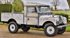 """VINTAGE AUCTION / SALES WATCH: 1957 LR S1 109"""" Pick-Up - offered by Classic Car Auctions at the Warwickshire Exhibition Centre UK on June 18th. According to CCA it was restored in 2014 but """"deliberately left in its bare metal state"""" which actually looks very cool! The interior seats are period correct """"Deluxe"""" red.  - SOURCE: Classic Car Auctions / #landrover #rangerover #car #millionaire #billionaire #bespoke #defender110 #adventure #expedition #defender #design #travelawesome #britishcars…"""