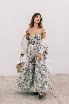 paris street style 2018 - best of paris fashion week street style Cool Street Fashion, Look Fashion, Fashion Beauty, Fashion Outfits, Womens Fashion, Latest Fashion, Wild Fashion, Fashion Hair, Cheap Fashion