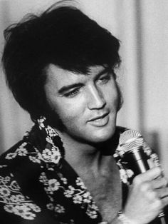 """Elvis rehearsing at the International for the """"Summer Festival"""" August-September 1970 run. This was included in the film documentary """"That's The Way It Is""""/"""