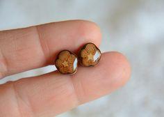 Wooden ear studs earrings ecofriendly brown dark by MyPieceOfWood