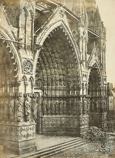Henri Le Secq atop the Notre Dame Cathedral. Paris, France, 1853 August 2016 / Photography News / Born 198 years ago, on 18 August. Architectural Photographers, French Photographers, Art Fund, Gallery Of Modern Art, Amiens, Professional Painters, National Portrait Gallery, Daguerreotype, Notre Dame