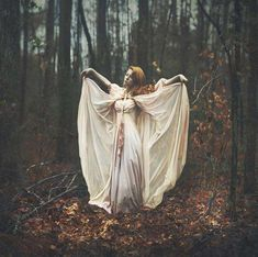 Forest Goddess Editorials - Shelby Robinson Explores Themes of Fantasy in Her Photos (GALLERY)